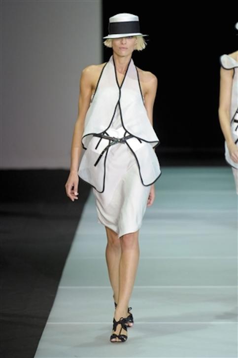 Vestidos-blanco-y-negro-Armani-2012-20