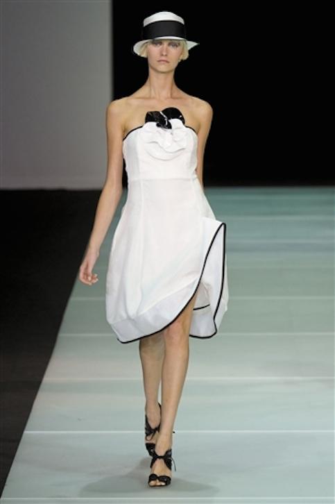Vestidos-blanco-y-negro-Armani-2012-25