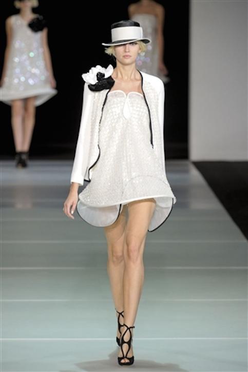 Vestidos-blanco-y-negro-Armani-2012-31