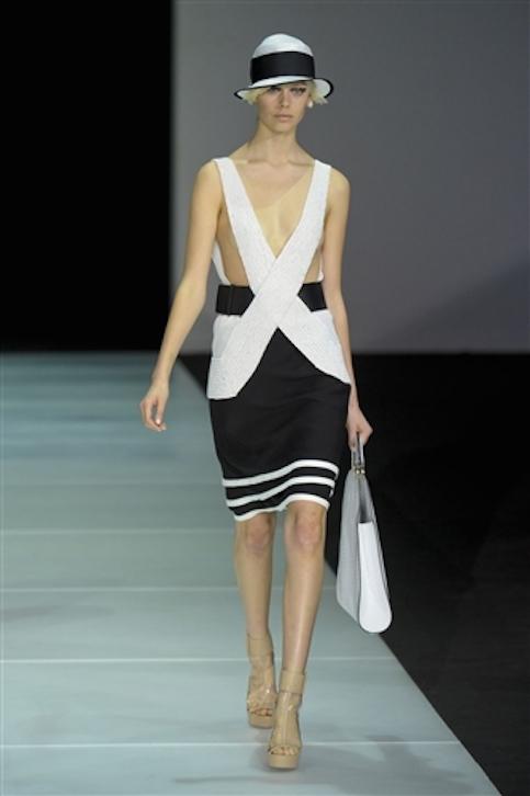 Vestidos-blanco-y-negro-Armani-2012-7