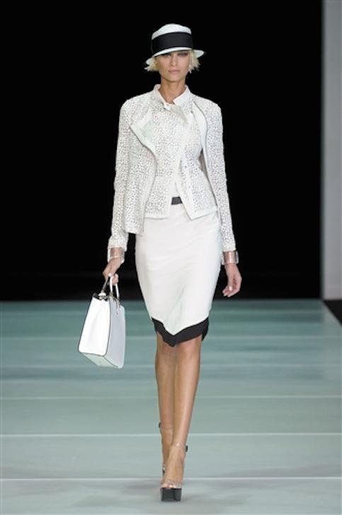 Vestidos-blanco-y-negro-Armani-2012-8