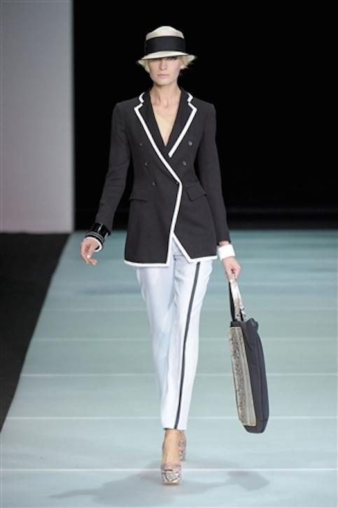 Vestidos-blanco-y-negro-Armani-2012-9
