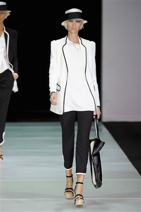 Vestidos-blanco-y-negro-Armani-2012