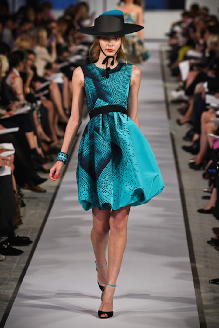 Oscar+de+la+Renta+2012+Resort+Collection+Runway+vCOFTJeOuDpl