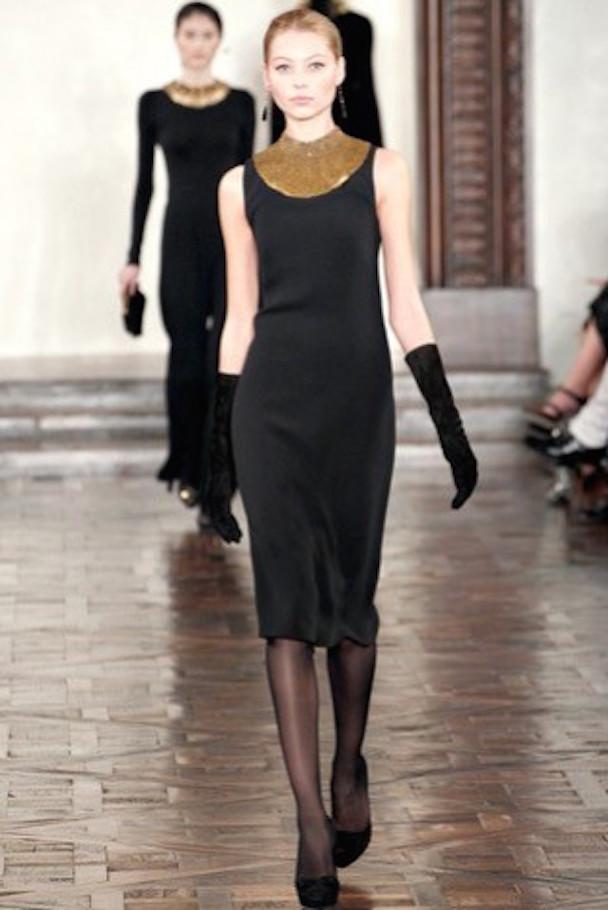 ralph-lauren-otonoinvierno-2012-2013-look-de-noche-vestido-little-black-dress-con-detalles-dorados