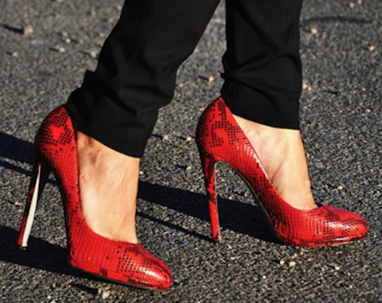zapatos rojos-b