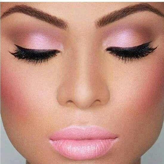 Resultado de imagen para maquillaje con color