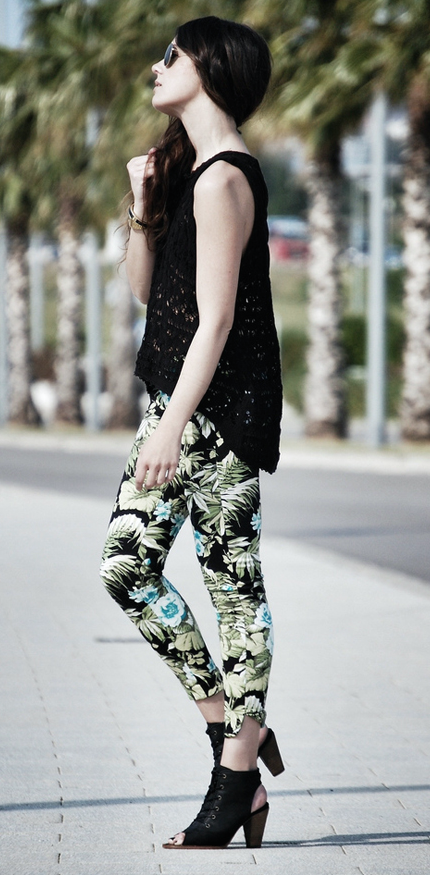 pantalones floreados-j
