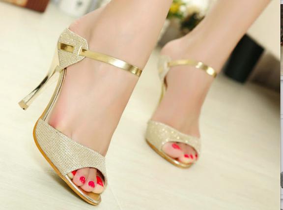 sandalias de tacos