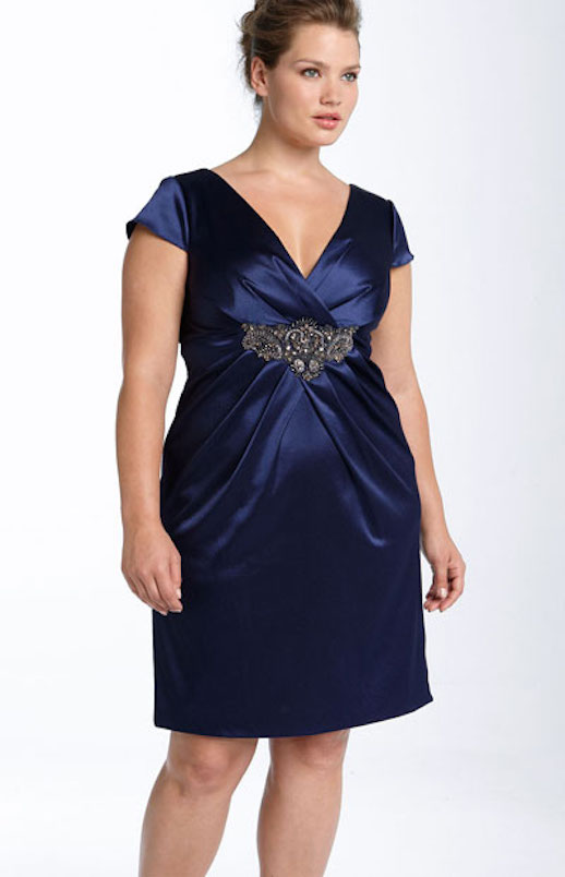 Imagenes de vestidos de noche para personas gorditas