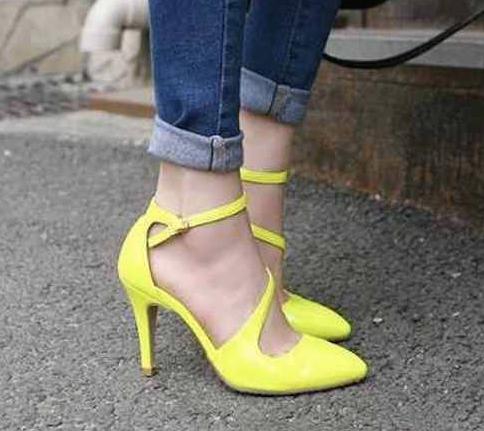 zapatos amarillos-v