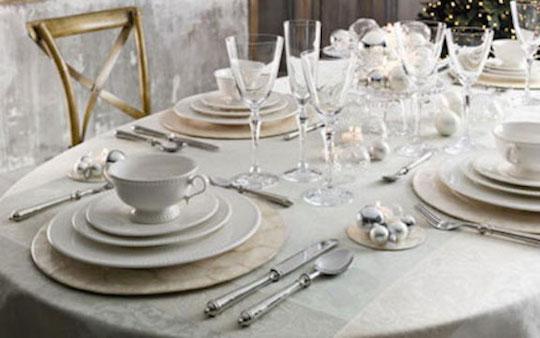 ideas-originales-para-decorar-la-mesa-de-navidad-Fin-de-ano