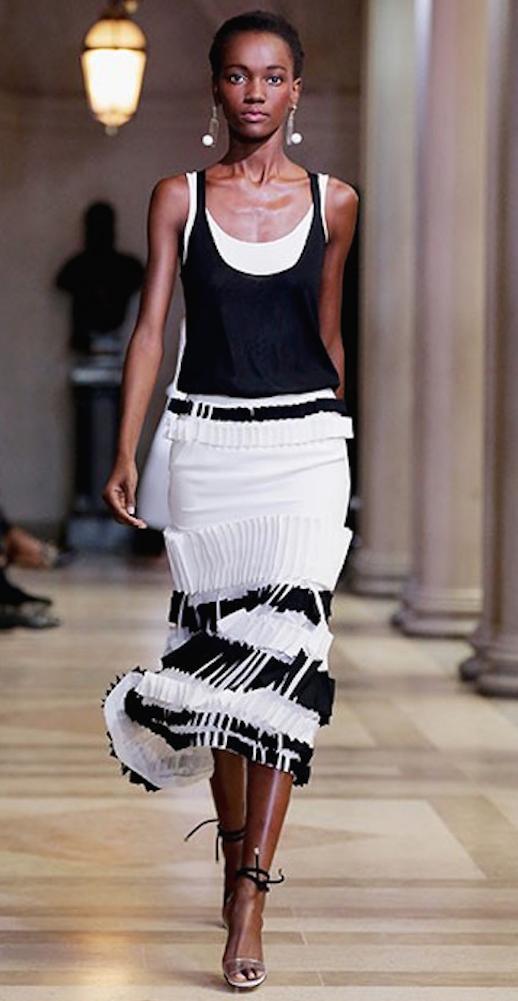 ropa blanco y negro