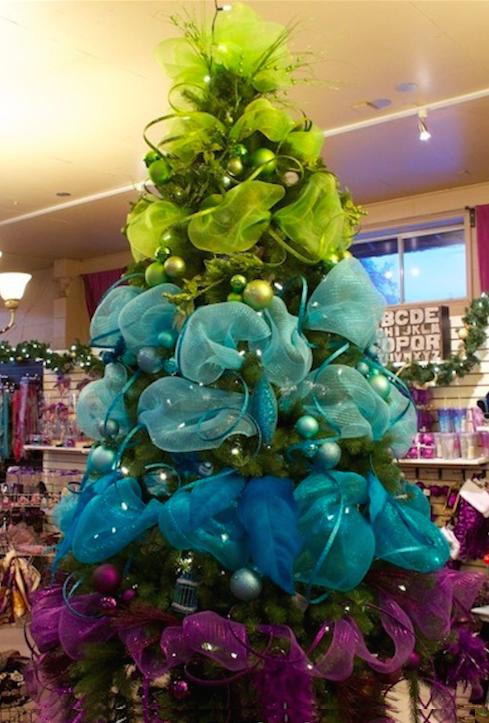 Decoracion arbol de navidad con cintas - Decoraciones del arbol de navidad ...