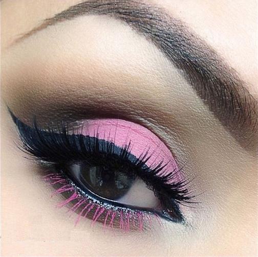 sombra de ojos rosada