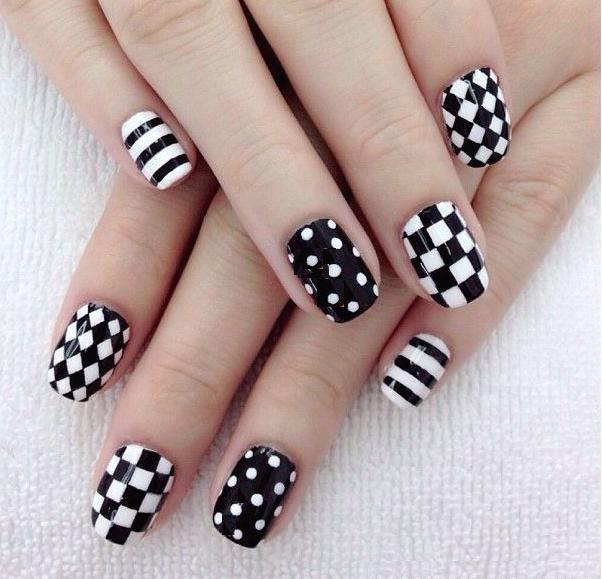 a-uñas blanco y negro