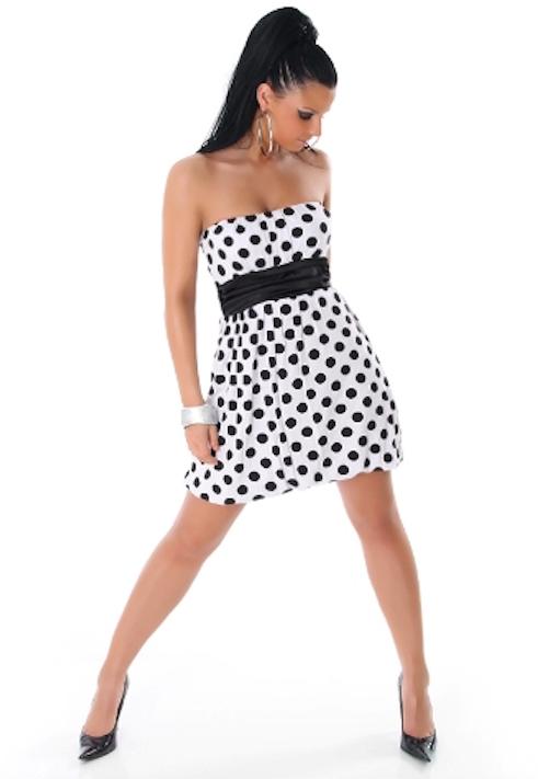 vestido de puntos blancos