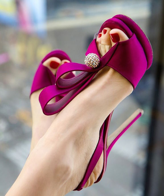 zapatos de raso
