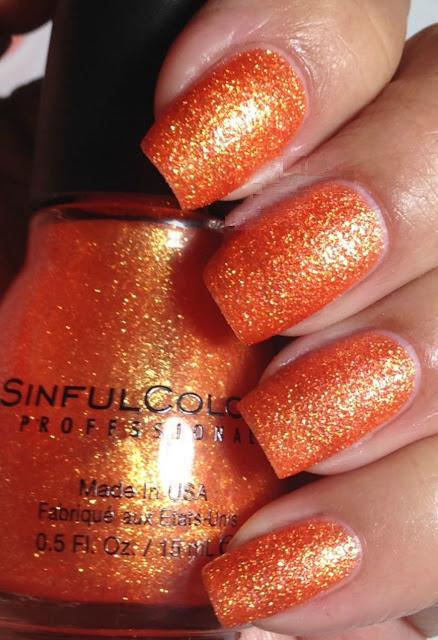 18-Hot-Nail-Polish-Color-Trends-for-This-Season-11