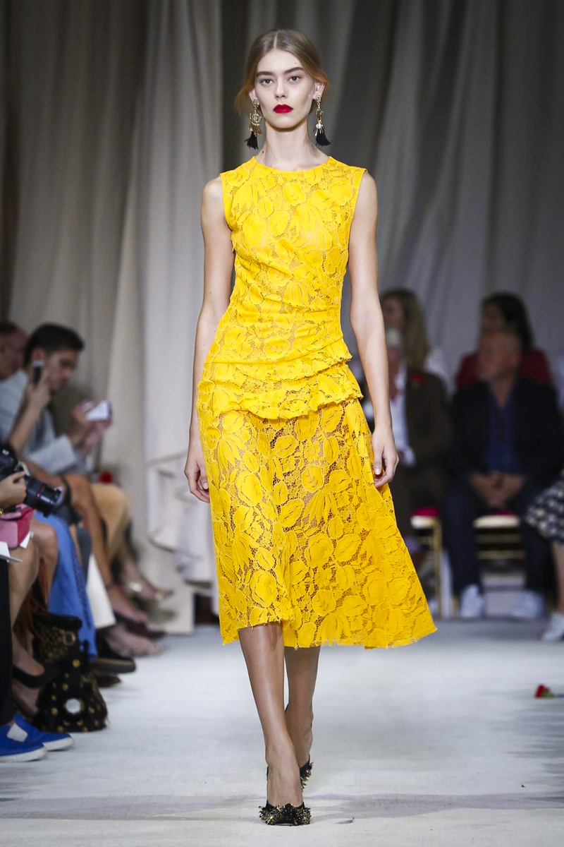 Oscar-de-la-Renta-Ready-to-Wear-Spring-Summer-2016-NY-0162-1442342474-bigthumb
