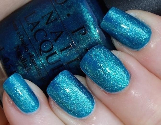 blue-glitter-nails-opi-Favim.com-243137