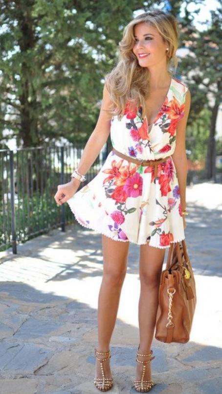 ropa con flores-u