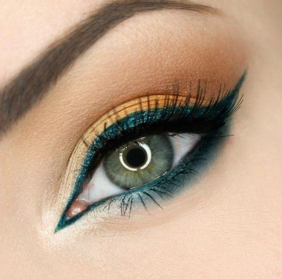 maquillaje de ojos verdes
