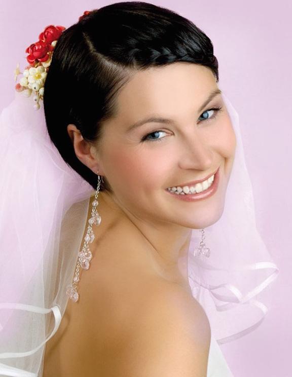peinados-para matrimonio-cabello-corto-10