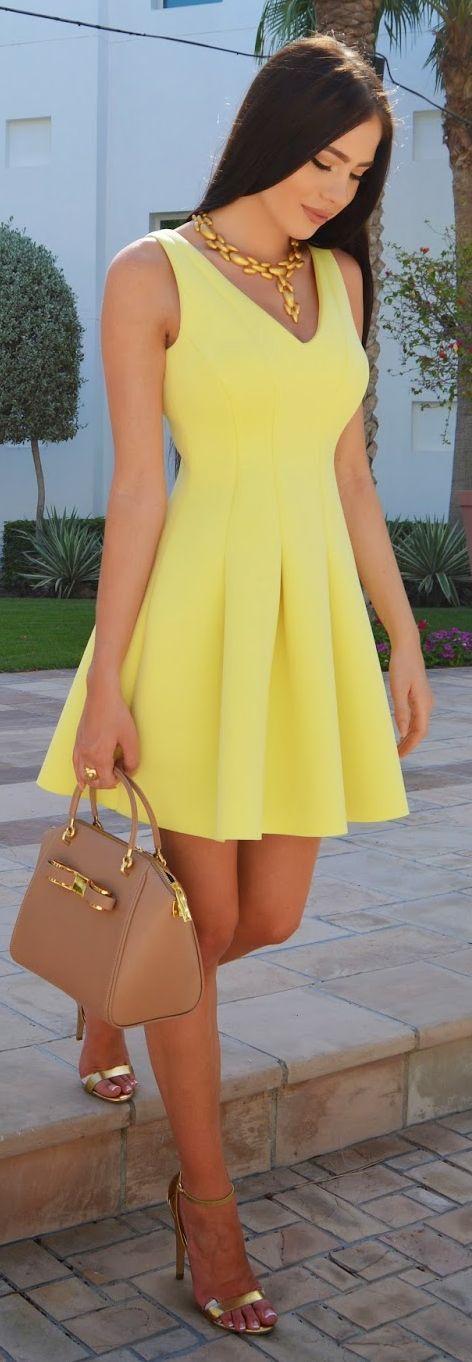 o-vestido amarillo