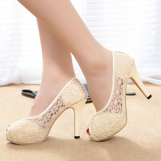 el zapato color marfil, delicado y combinable - mujer chic