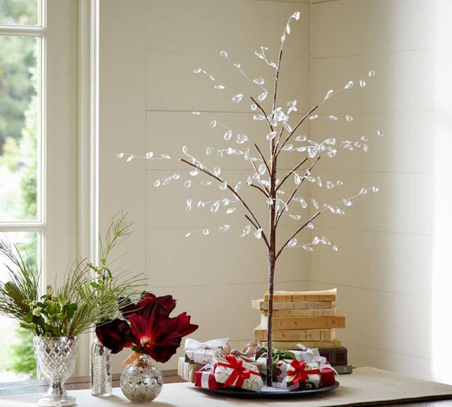 arbol-de-navidad-delicado-pequeño-640x576
