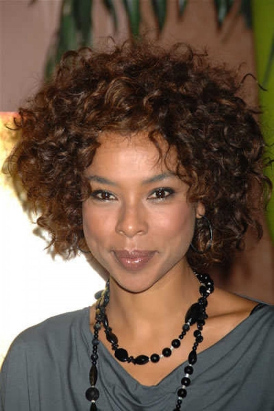 Short-curly-hairstyles-