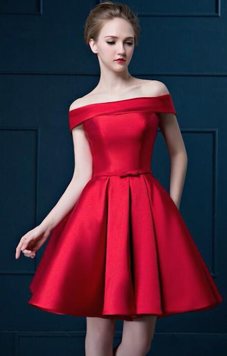 vestido corto de fiesta sin hombros