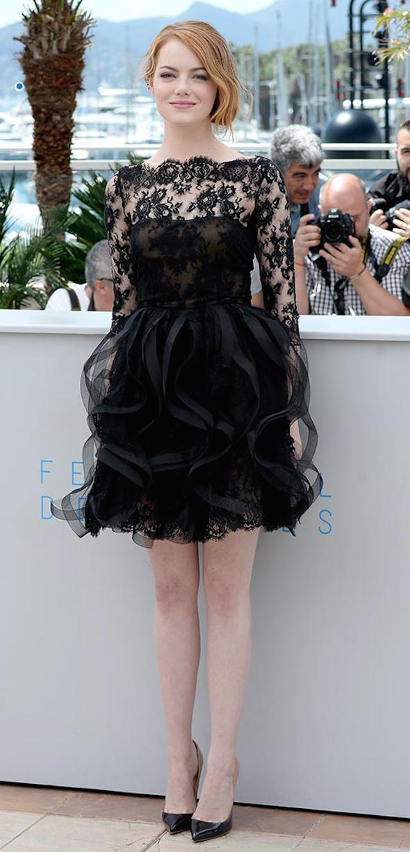 vestido negro corto de encaje