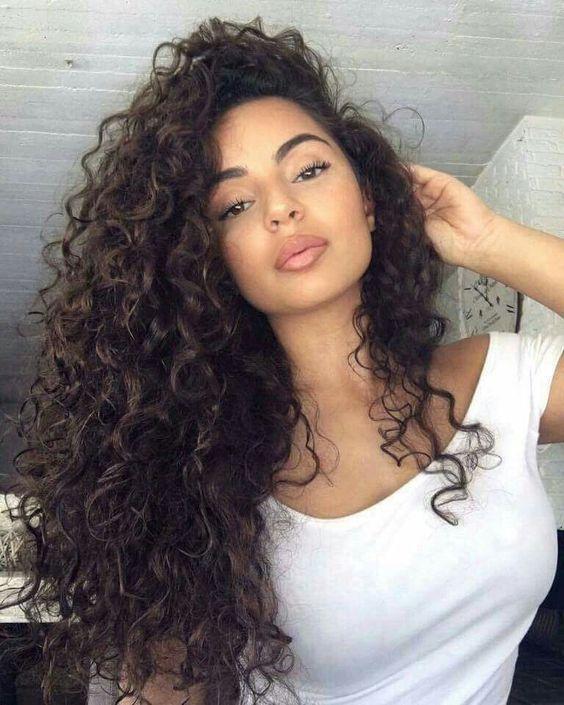 Como Cuidar El Pelo Rizado 50 Estilos De Peinados Sexys Y